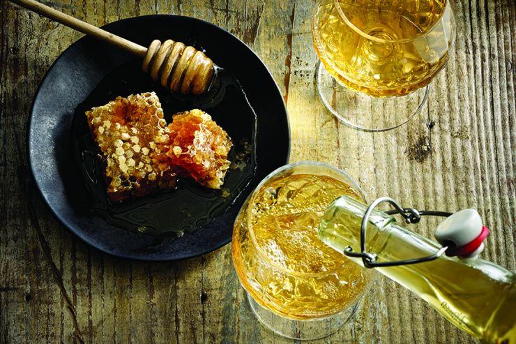Популярность медовухи в США растёт наперегонки с крафтовым пивом